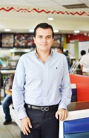 Fernando Verdugo, representante para Guatemala de Pollo Brujo.